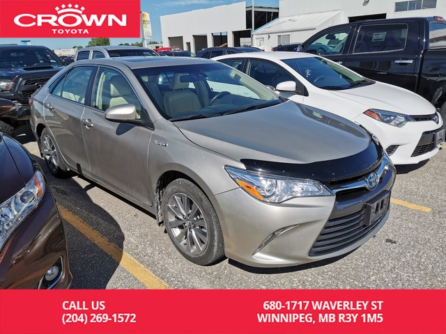 Pre-Owned 2017 Toyota Camry Hybrid XLE / Clean Carproof / One Owner / Fully Loaded