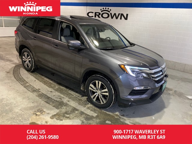 Pre-Owned 2017 Honda Pilot Crown Original/EX-L w/Navi/Leather/Bluetooth/8 passenger