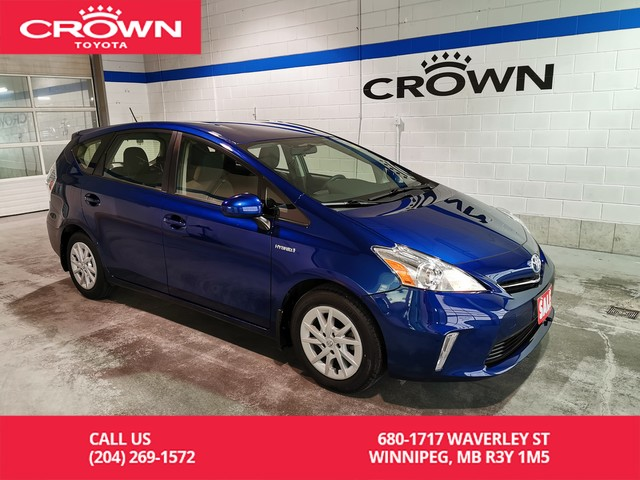 Pre-Owned 2014 Toyota Prius v Crown Original / One Owner / Low Kms / Lease Return / Great Condition